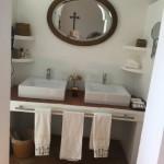 11 Gold Bathroom